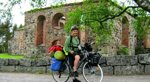 <center>Jari Laurila Hyötymatkapyöräilee kotikaupungissaan Vaasassa</center>