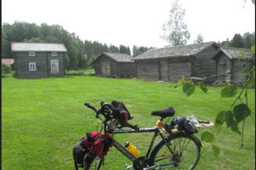<center>Jari Laurila – Polkupyöräturistina Laihialla</center>