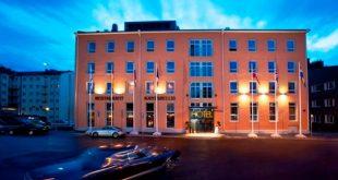 Hotelli siirtyy Scandic-ketjuun kesäkuussa,mikä vahvistaa entisestään Scandicin asemaa sekä Suomessa että Pohjoismaiden suurimpana hotelliketjuna.